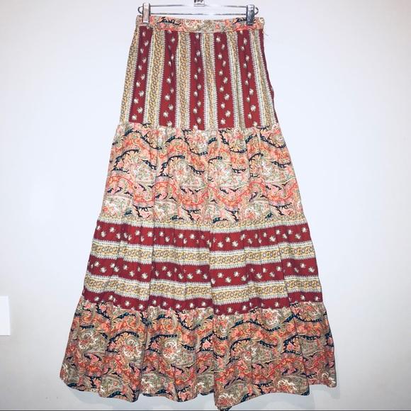 Vintage floral rayon peasant skirt